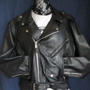 Sz M Motorcycle JacketBlack leatherZips belt laces